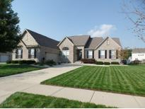 View 12842 Desplaines Dr Fishers IN