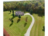 View 10510 N Vista Ridge Ln Mooresville IN
