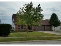 View 1041 Pin Oak Dr Mooresville IN