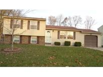 View 2851 Pawnee Dr Indianapolis IN