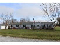 View 7615 Meadowview Ln Martinsville IN
