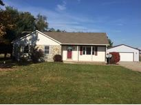 View 1652 E 400 Greenfield IN