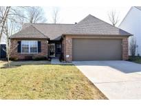 View 11136 Oakridge Dr Fishers IN
