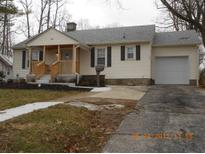 View 136 Morgan St Mooresville IN