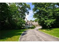 View 7355 Hunt Country Ln Zionsville IN