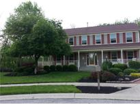 View 8401 Ardennes Dr Fishers IN