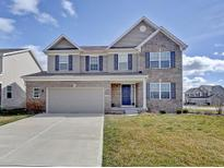 View 7831 Hedgehop Dr Zionsville IN