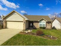 View 11444 Songbird Ln Fishers IN