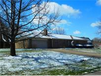 View 929 E Ridge Dr Greenfield IN