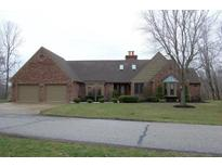 View 2973 Golf Course Dr Martinsville IN