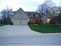 View 4551 Silver Hill Dr Greenwood IN