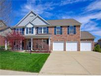 View 8058 Meadow Bend Ln Indianapolis IN