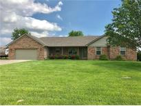 View 3595 White Tail Mooresville IN