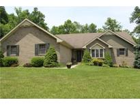 View 1551 Fox Hollow Dr Martinsville IN
