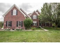 View 8967 Winterberry Ct Zionsville IN