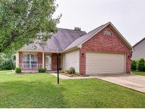 View 6223 Black Oaks Way Indianapolis IN