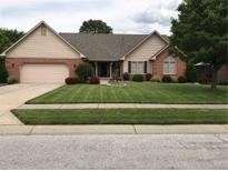 View 6525 Moss Creek Pl Indianapolis IN