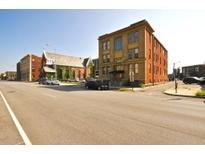 View 627 N Pennsylvania St # 2/B Indianapolis IN