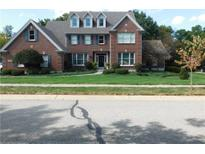 View 9920 Woodlands Dr Fishers IN