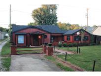 View 660 E Morgan St Martinsville IN