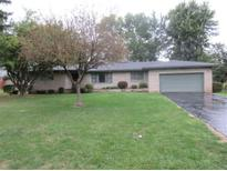 View 416 Tailholt Ln Shelbyville IN
