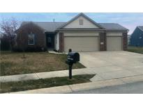 View 1711 Sparrow Ct Brownsburg IN