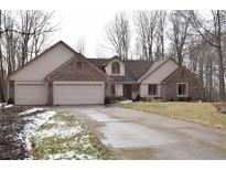 View 6881 Cardinal Dr McCordsville IN