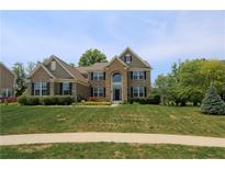 View 2504 Fawn Bluff Ct Zionsville IN