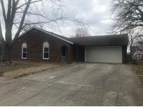 View 1237 Oak Ln Shelbyville IN