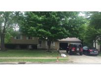 View 2619 Pawnee Dr Indianapolis IN