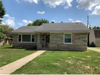 View 351 E Gray St Martinsville IN