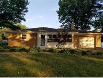 View 6911 W Lockerbie Dr Indianapolis IN