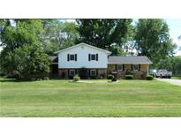 View 3205 Busy Bee Ln Indianapolis IN