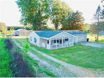 View 5753 W County Road 200 Danville IN