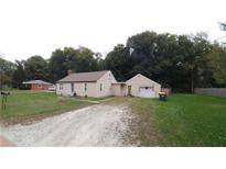 View 5902 Oak Ln Anderson IN